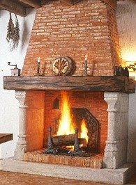 Country stone fireplaces country rock meets rolling for Country stone fireplace