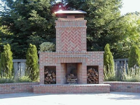 Standout outdoor brick fireplaces delectable decorative for Outdoor fireplace plans