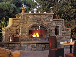 picture of cultured stone fireplace