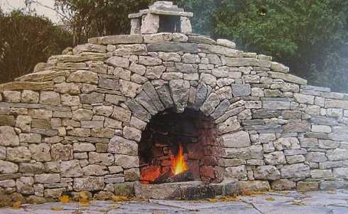build a stone fireplace resources to help you stack it up outdoors. Black Bedroom Furniture Sets. Home Design Ideas