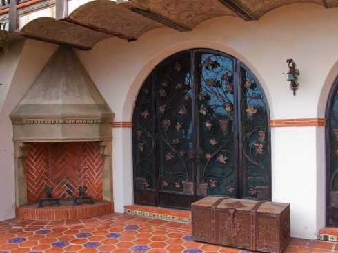 Patio roof designs for outdoor fireplaces an exciting for Spanish outdoor fireplace